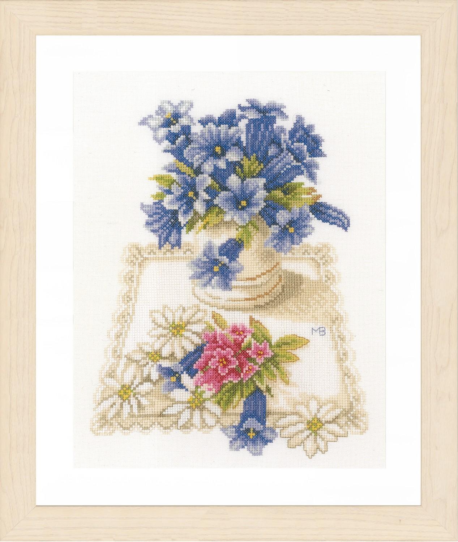 Lanarte Blue Flowers by Marjolein Bastin