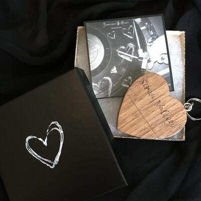 Scratched Up Heart USB Box