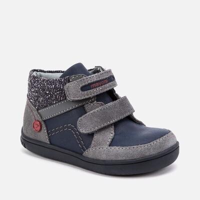 HiTop Sneaker 42064 - 7.5