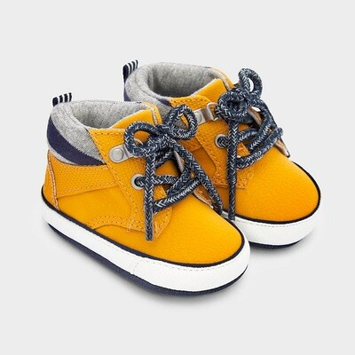 Sporty Boots 9334