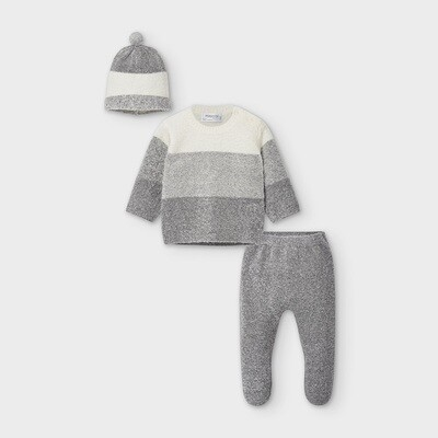 Grey Knit Set With Hat 2562
