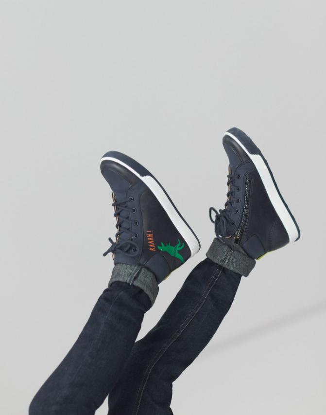 Runaround Hi-top Sneakers