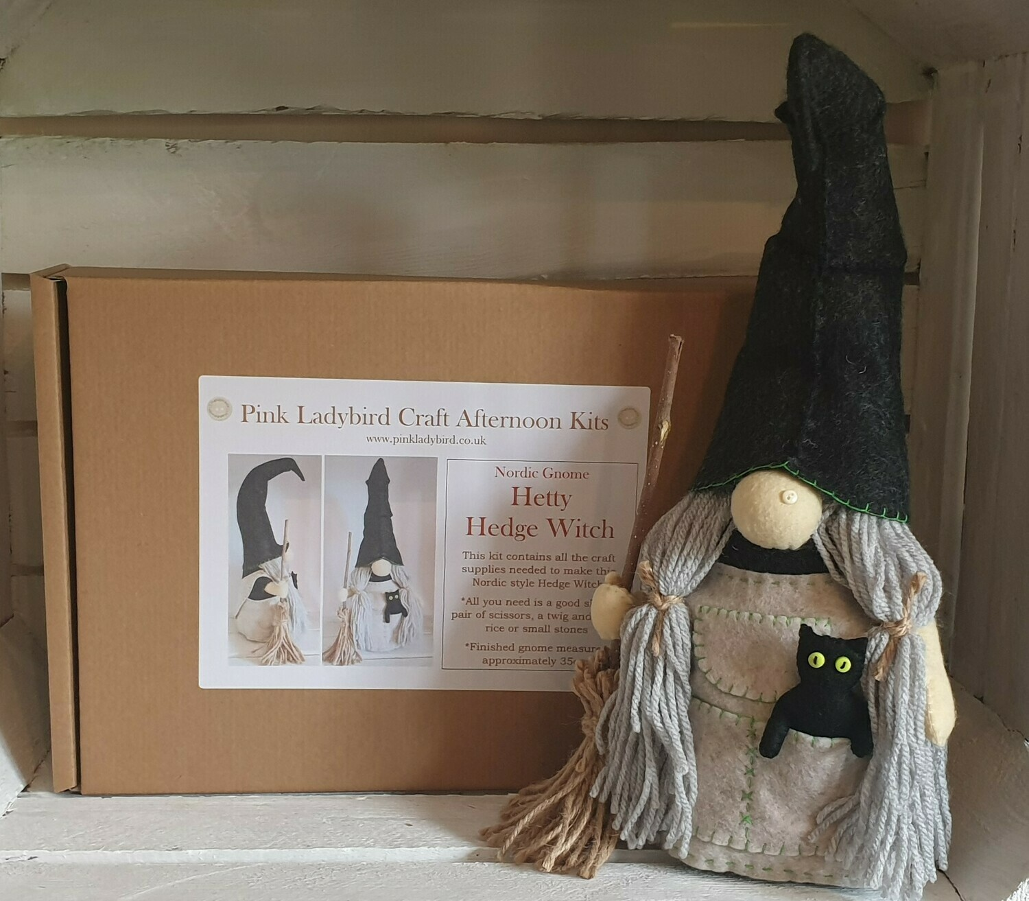 Craft Afternoon Kit - Hetty the Hedge Witch