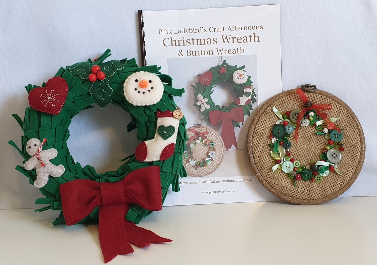 Sewing Pattern Booklet. Christmas Wreath & Button Wreath.