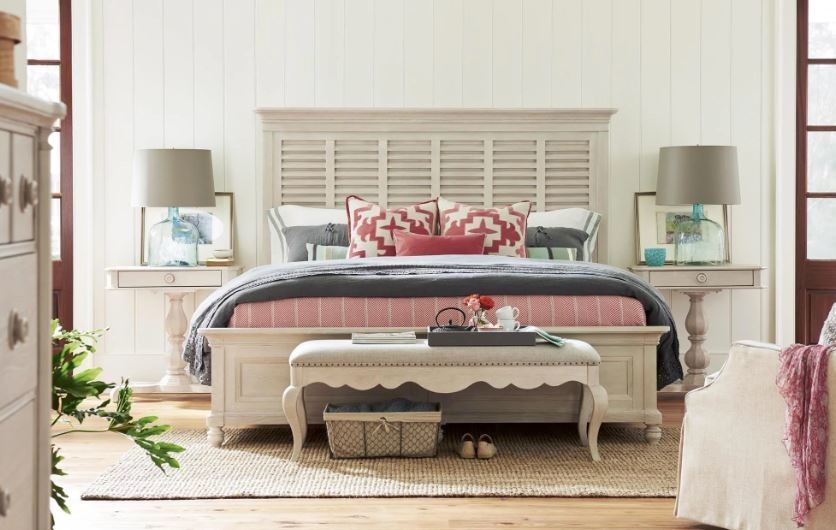 Cottage PANEL BED COLLECTION Bluff