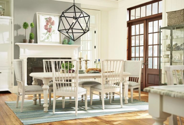 Cottage DINING COLLECTION Bluff