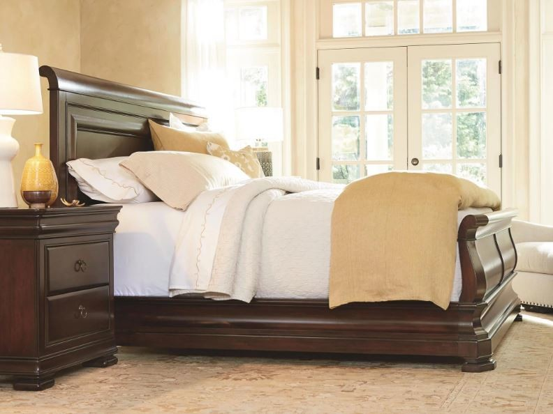Reprise SLEIGH BED COLLECTION Classical Cherry