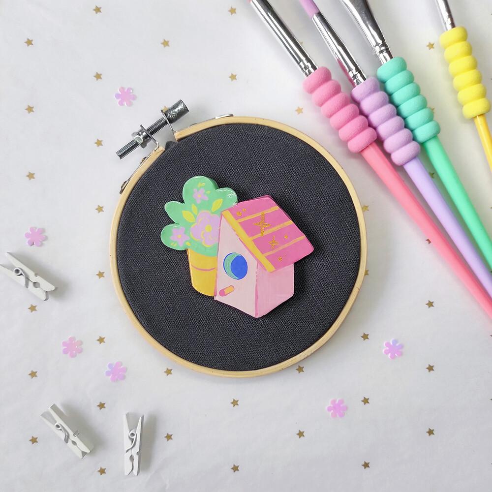 Pink Bird House - Handmade pin/magnet