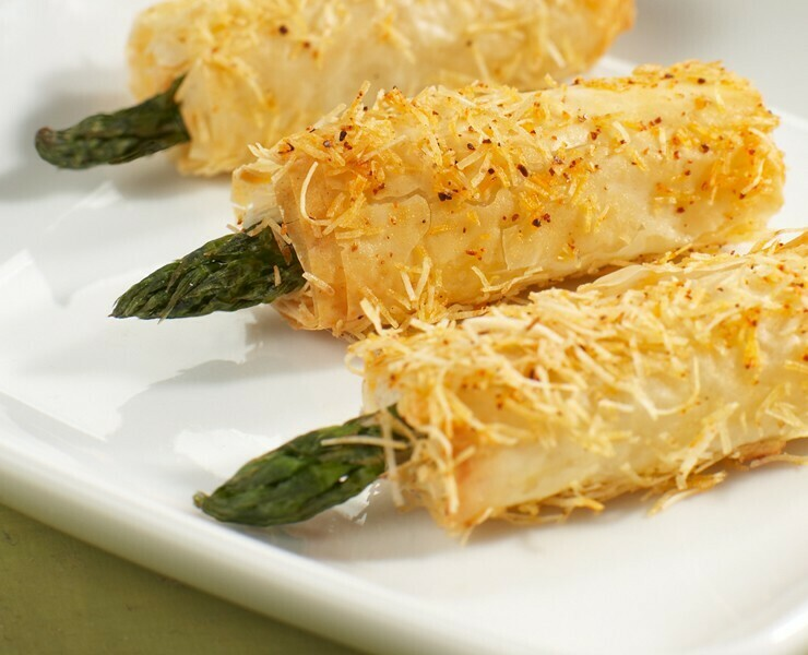 25 Asparagus and Blue Cheese Phyllo Wraps