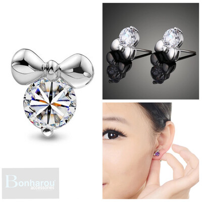 MAGIC MINIE EARRING