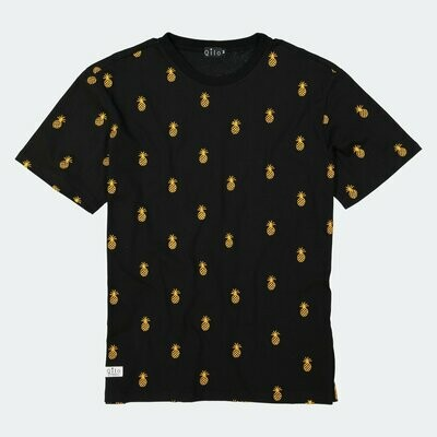 Qilo - Pineapple All-Over Embroidered Tee in Black