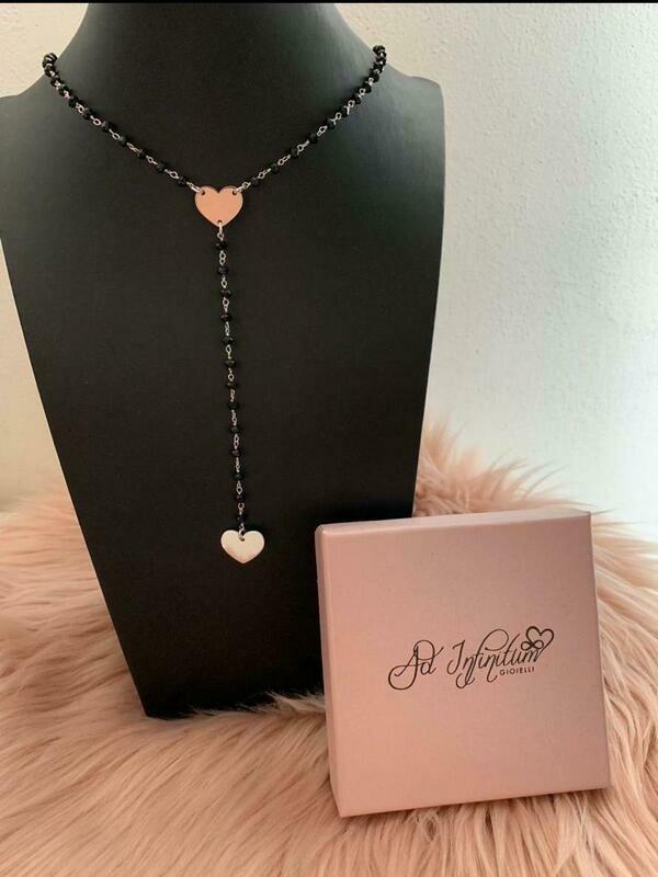 Collana rosario pietre nere con cuore