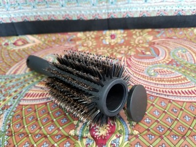 STASH CASE BRUSH