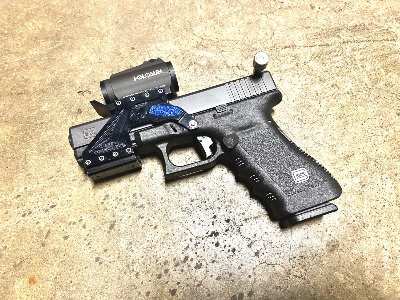 Glock 17 RACE GUN - Carver Custom Mount HOLOSUN