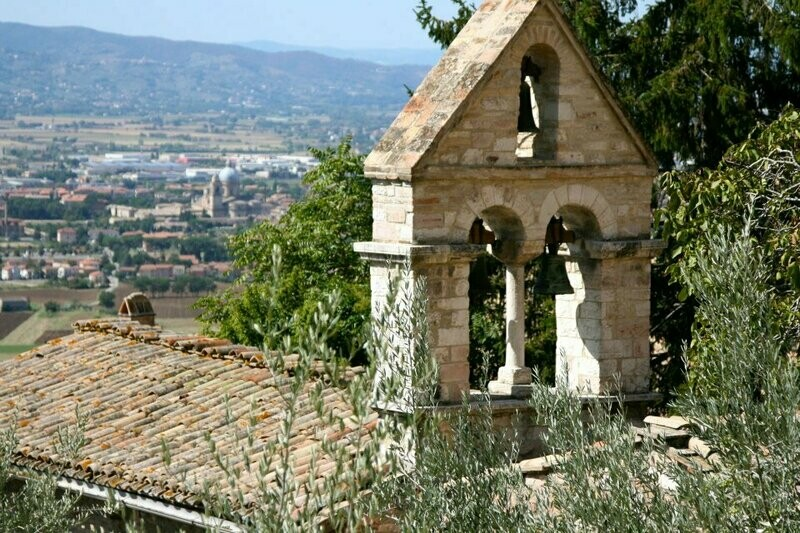 Spend a Week in Italy with Sue Jones (deposit payment)