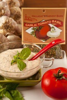 Halladay's Harvest Barn Garlic Tomato Basil Dip & Cooking Blend