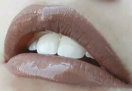 LipSense Lip Color - Hazelnut