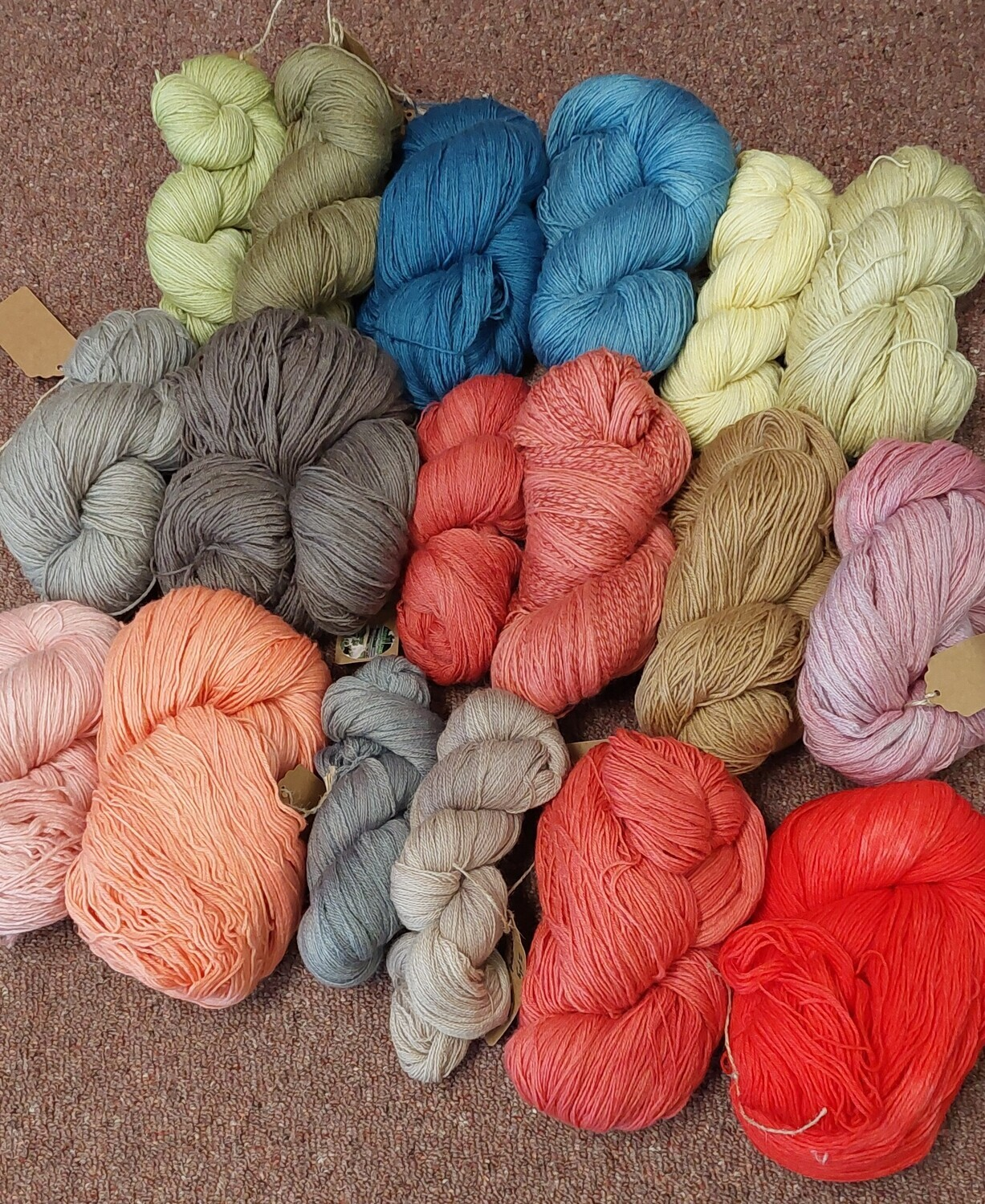 Naturally dyed. Pure Finn yarn in 2 and 4 ply.