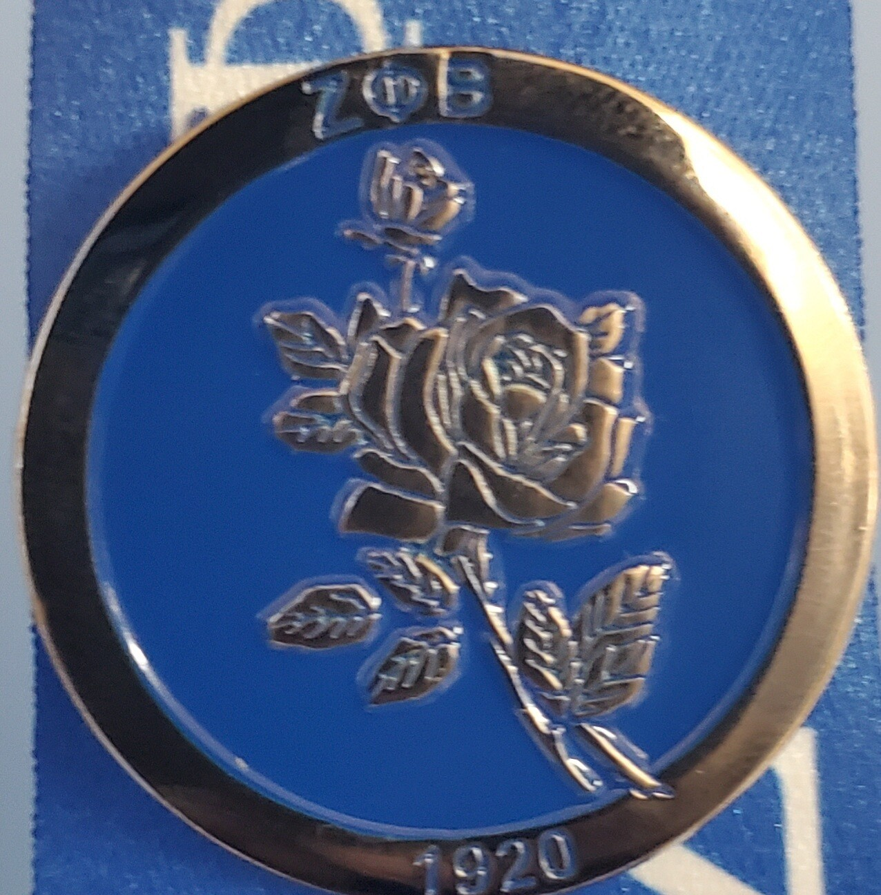 Zeta Rose Lapel Pin
