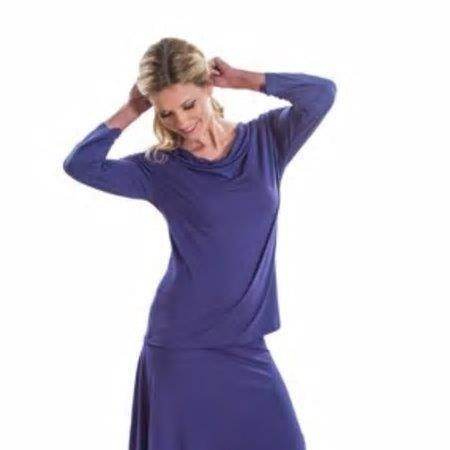 3/4 Sleeve Drape Neck Top