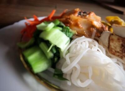 Flat Rice Noodles (250g)