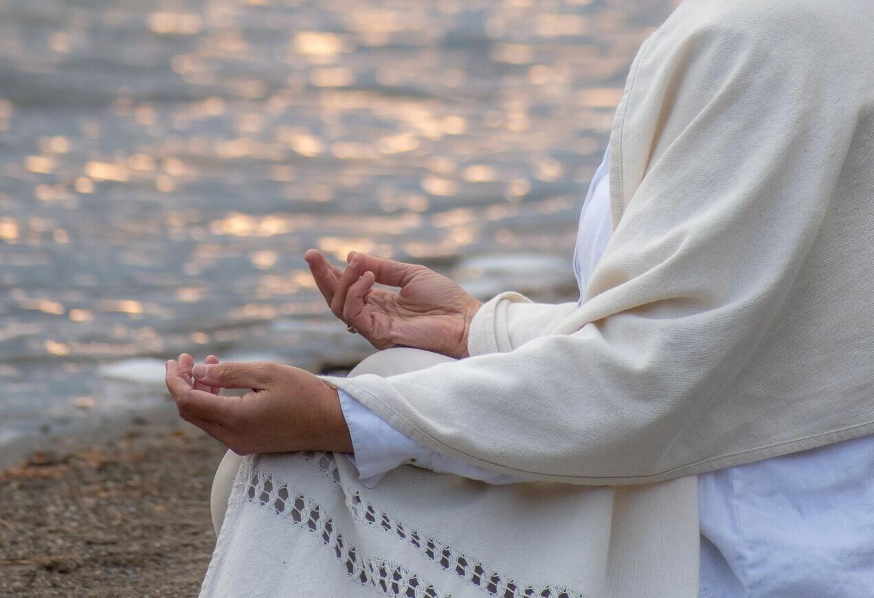 Méditation guidée en ligne chaque semaine