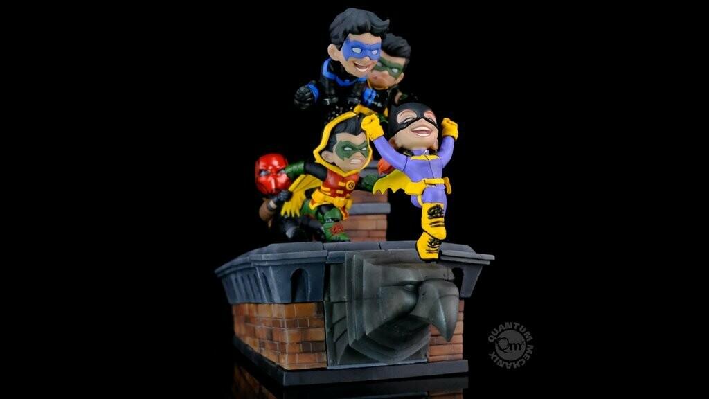 (PO) DC Comics Q-Master Gotham Rooftop
