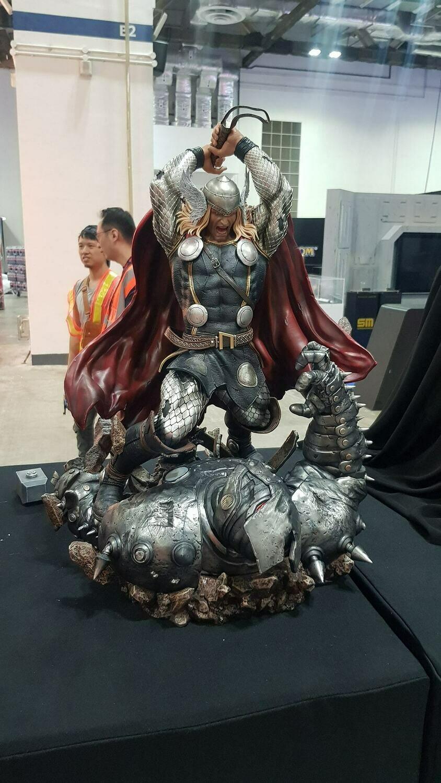 (PO) XM Studios - Modern Thor vs Destroyer
