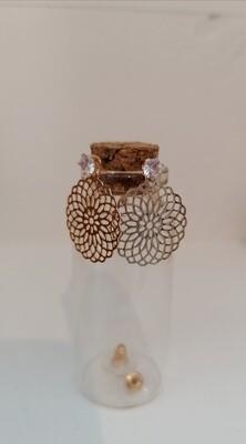Oorbellen stekers - gouden stekertje met bloem en diamantje - CINDY