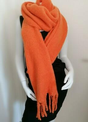 *Wintersjaal - MARLEEN - oranje
