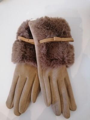 *Handschoenen - suède beige met pels en strikje - AMELIA
