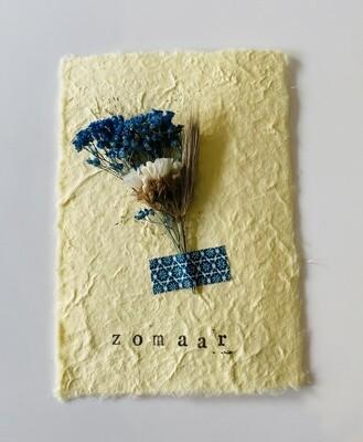 26 - wenskaart droogbloemen - ZOMAAR - pastelgeel