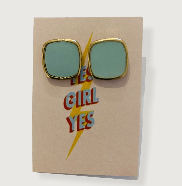 Oorbellen stekertjes - YES GIRL YES - lichtblauw