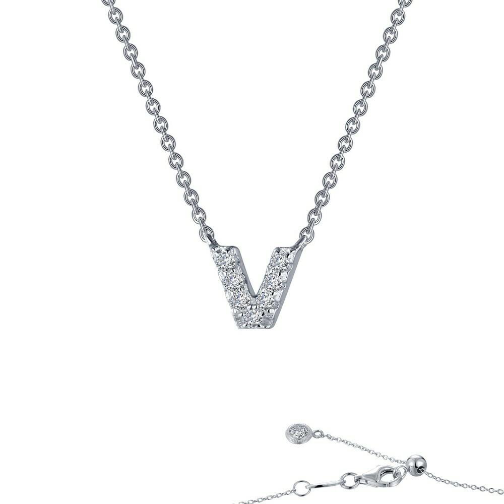 Letter V pendant necklace