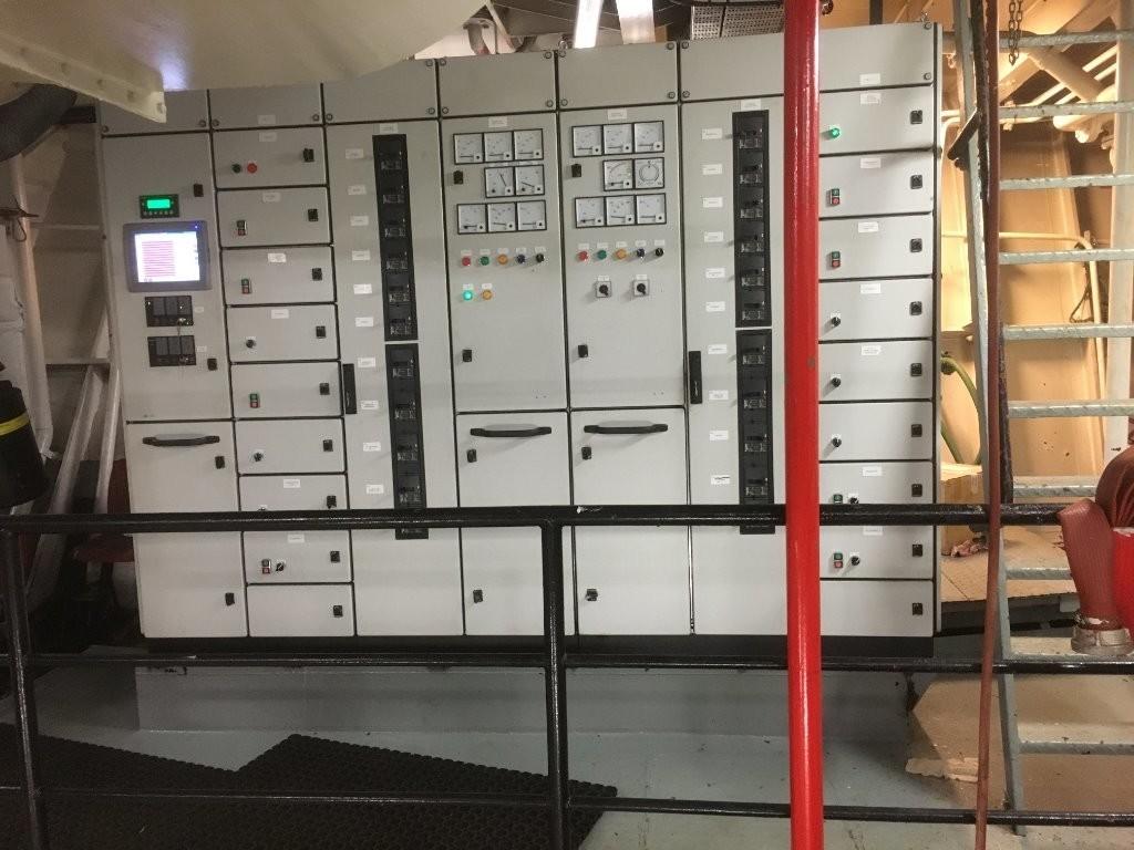 """2. Elektrisk utstyr - Nyere tavle fra """"Scan master"""""""