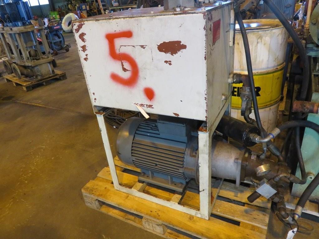 5. Hydraulik agregat -  25kw 440-480v  60hz, tank 150liter