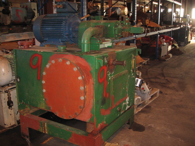 9. Hydraulik agregat - 25-35kw, tank:120x100x70cm  840lite