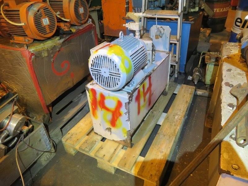 14. Hydraulik agregat - 8kw 440 v dekksutstyr, tank 85 liter