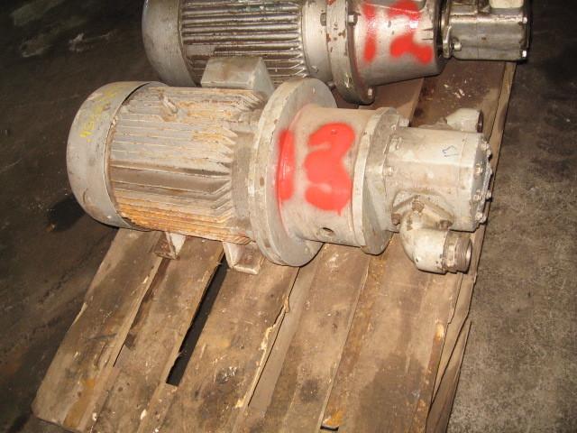 13. Hydraulik pumper - Dowty 3P321 OCPDFB
