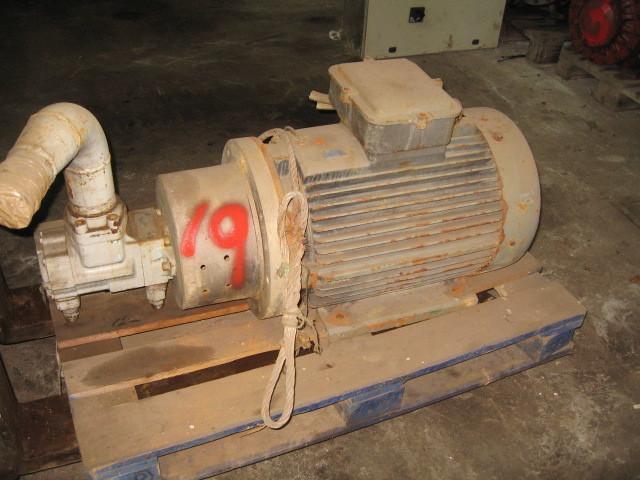 19. Hydraulik pumper -  Denison Dobbel