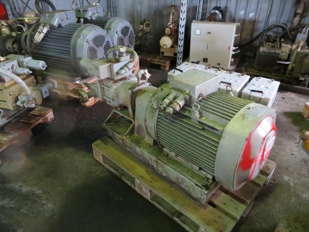 40. Hydraulik pumper - Brusselle typeP-53