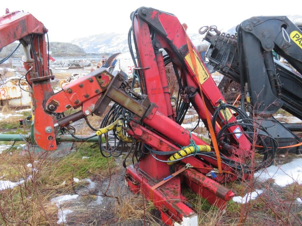 7. Kran utstyr - HMF 802K2 1050kg /7,05m