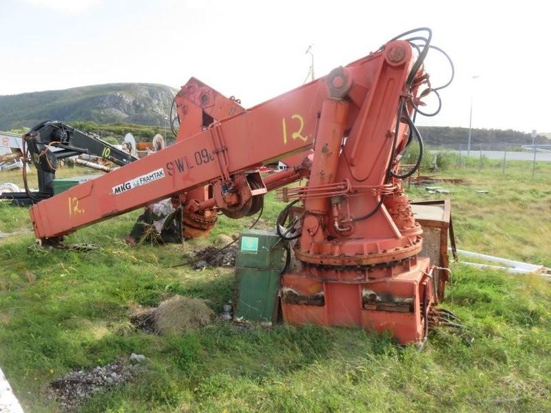 12. Kran utstyr -  MKG HMC-420