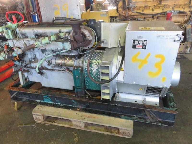 43. Motor og Generator sett - Ford Mermaid 2704ET