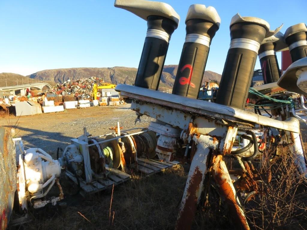 2. Not & garn utstyr, Triplex 504 - 300