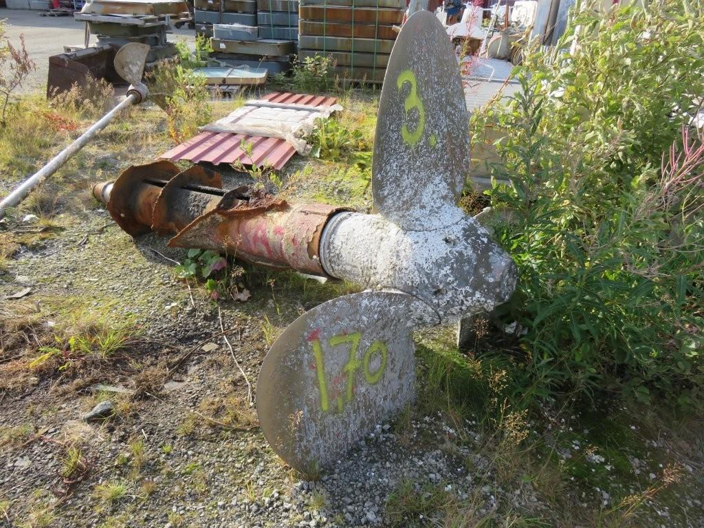 3. Propeller - Dia ca 170cm  140mm aksel