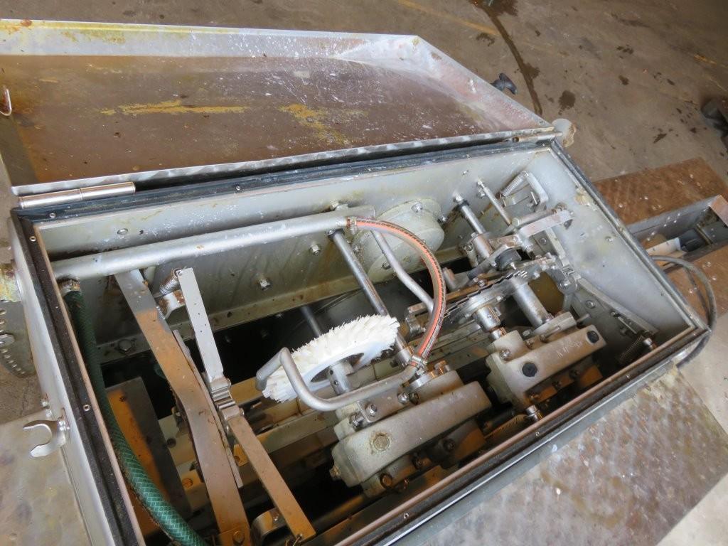 2. Sløye og sorterings maskiner - Kronborg sløyemaskiner, rustfri