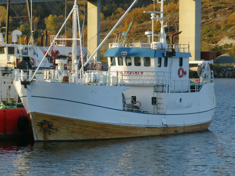 Okt.2019 skoleskipet Salthammer ankommet til hugging       HUGGET