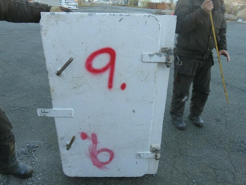9.Dører m/ Ramme  124x65 Alu/Alu