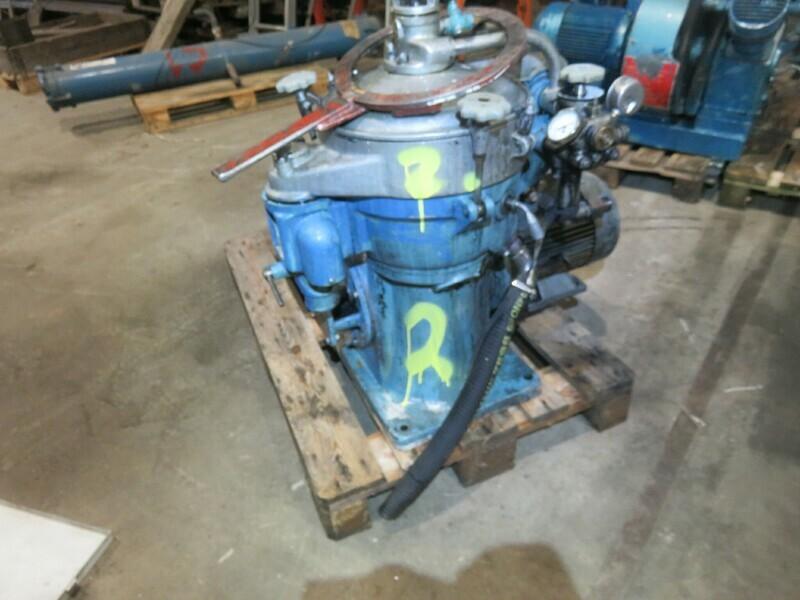 2.  Alfa laval MAB204S    5,5kw 230-400v      oil   Andal